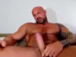 Gay Bodybuilder Big Cock Play Webcam